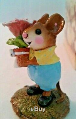 WEE FOREST FOLK M-109 LOVE IN BLOOM RETIRED 2003 NEW SPECIAL COLOR RARE flower