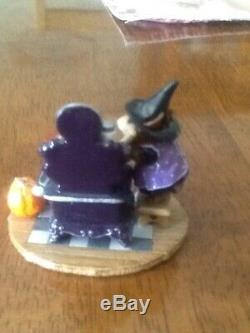 WEE FOREST FOLK The Old Stove, Halloween M-105H, Petersen, MInt/Retired. No box