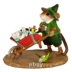 Wee Forest Folk BARROW OF FUN, M-632, Retired Christmas Elf Mouse 2017 Last one