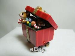 Wee Forest Folk Christmas Candy Box Car M-453g RETIRED