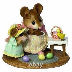 Wee Forest Folk EASTER SURPRISE, M-330b, LTD Retired 2008, Miniature Mouse