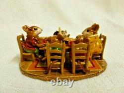 Wee Forest Folk Family Gathering Special Edition M-302 Retired Mouse Figurine