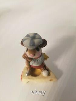 Wee Forest Folk Golfer Mouse MS-10, RETIRED WITH BOX