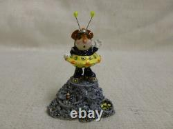 Wee Forest Folk Greetings Limited Edition 2003 Yellow Event Piece Retired