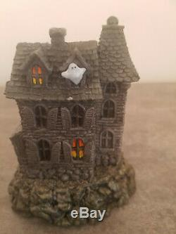 Wee Forest Folk Haunted Mouse House M-165 Donna Petersen (Retired 2007)