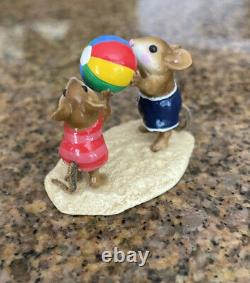 Wee Forest Folk Having A Ball Special Edtion M-279 Mouse Beach Retired