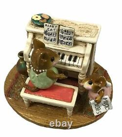 Wee Forest Folk His Music Lesson Retired M 282a. 2002 to 2013 Collectible