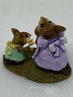 Wee Forest Folk I Love You, Mom, M-240c Mothers Day, DP 2015, Retired