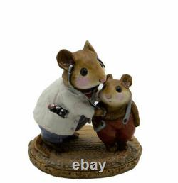 Wee Forest Folk M-055 Doc Mouse & Patient (RETIRED)
