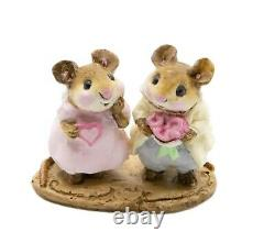 Wee Forest Folk M-079 Sweethearts (RETIRED)