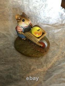 Wee Forest Folk M-104 Harvest Mouse Apple RETIRED Annette Peterson Rare