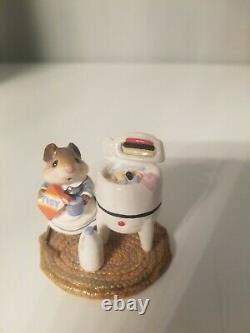Wee Forest Folk M-113 Tidy Mouse William Petersen 1984 Mice Retired 1985 RARE