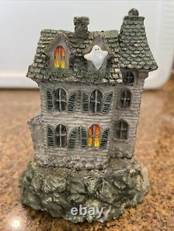 Wee Forest Folk M-165 The Haunted Mouse House Donna Peterson Signed 1989 Retired