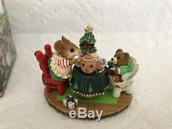 Wee Forest Folk M-177 Christmas TEA FOR THREE DARLING, Retired PRISTINE