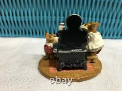 Wee Forest Folk M-185 The Old Black Stove -1992/retired DP