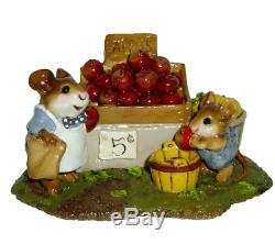 Wee Forest Folk M-187 Adam's Apples (RETIRED)