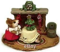 Wee Forest Folk M-191 Christmas Eve (RETIRED)