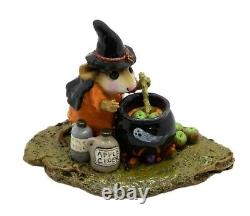 Wee Forest Folk M-215 Something's Brewing Orange with Ghost (RETIRED)