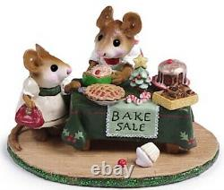 Wee Forest Folk M-220 Mousey's Bake Sale Xmas (RETIRED)