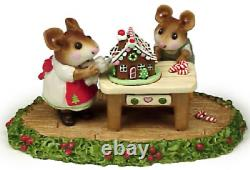 Wee Forest Folk M-227 Home Sweet Home Holly Base (RETIRED)