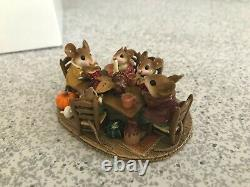 Wee Forest Folk M-302 Fall FAMILY GATHERING Retired & PRISTINE