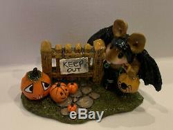 Wee Forest Folk, M-345 Little Halloween Bat with Pumpkins (retired)