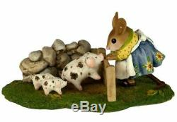 Wee Forest Folk M-466C Piggy Petting Zoo (RETIRED)