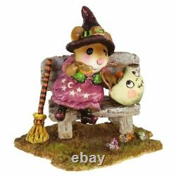 Wee Forest Folk M-588 Time Out for Treats (Retired)