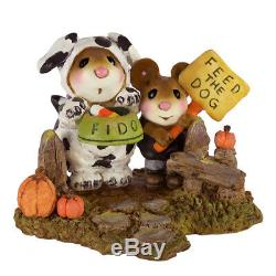 Wee Forest Folk M-591 Begging for Treats Retired
