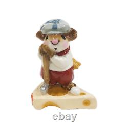 Wee Forest Folk MS-10 Golfer Mouse (RETIRED)