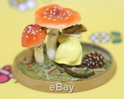 Wee Forest Folk PM-5 Raindrops 2001 Mushroom Millpond Mice Mouse Retired