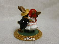 Wee Forest Folk Rabbits Dancing A La Renoir Special Edition MU-3 Retired