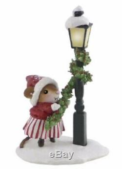 Wee Forest Folk Retired Christmas Trim Twirler