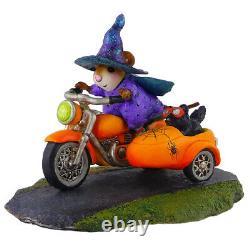 Wee Forest Folk SPOOKY SPEEDER, WFF# M-314c, Halloween Mouse, Retired