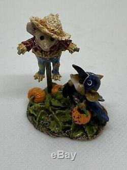 Wee Forest Folk Scared Crow Retired William Peterson 2005