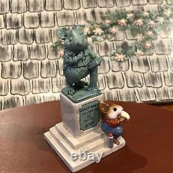 Wee Forest Folk Statue In The Park 502/2000 RETIREDPerfect