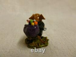 Wee Forest Folk The Candy Caper Halloween Edition m-417 Retired Mouse