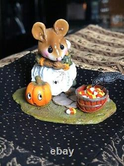 Wee Forest Folk The Uninvited Guest Halloween Limited Edition m-330c Retired