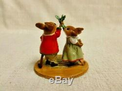 Wee Forest Folk Under The Mistletoe Christmas Special M-517 Retired Mouse