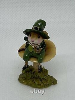 Wee Forest Folk Wee Leprechaun Retired William Peterson 2010