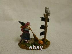 Wee Forest Folk Which Way Witch Halloween Limited Edition m-482a Retired Mouse